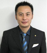 理事 中国局長 陳 偉(チン・イ)